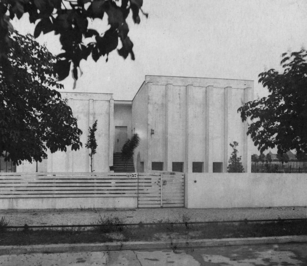 """Das Elternhaus (""""Türkenvilla"""") in der Oldenburgallee 57, Neu-Westend, Berlin."""