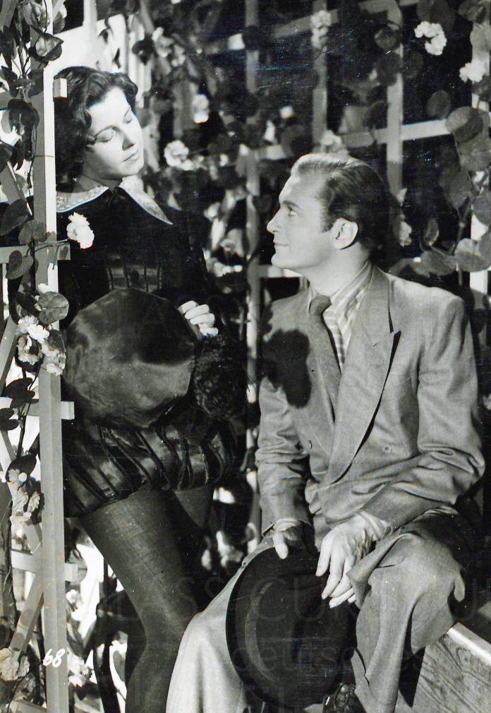 EIN GLÜCKLICHER MENSCH (1943)