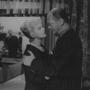 LE VENT SE LÈVE (1958)