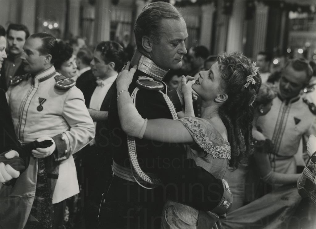 DER LETZTE WALZER (1953)