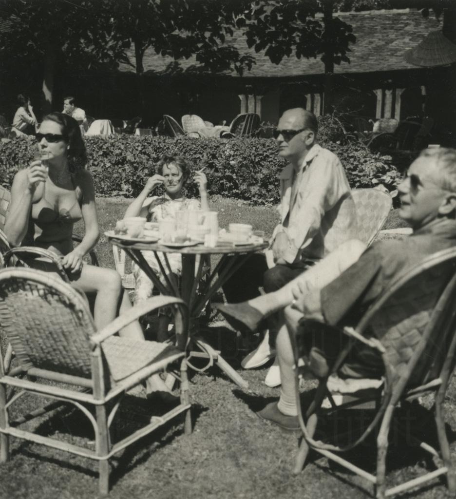 Curd Jürgens mit Helmut Käutner