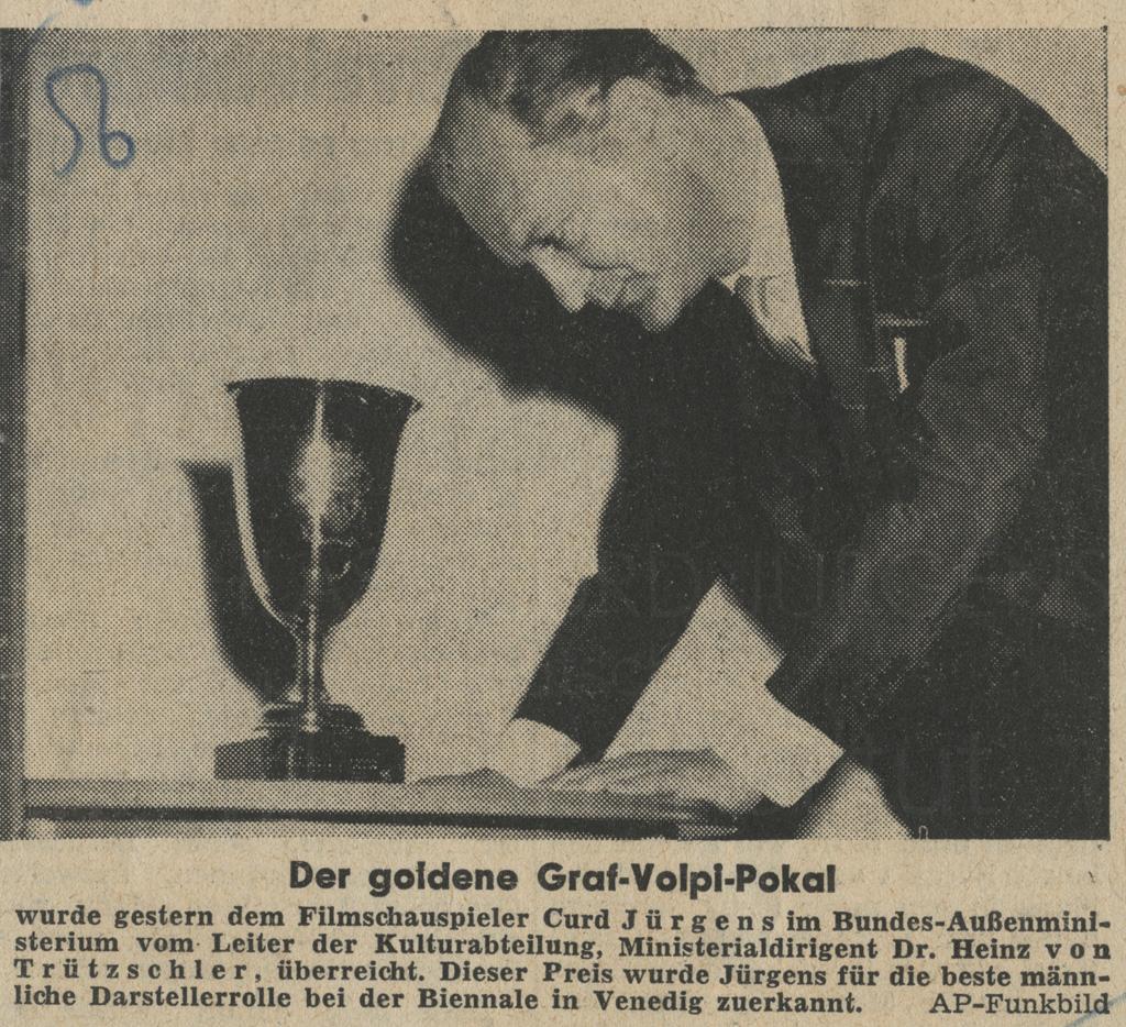 """Fränkische Presse: """"Der goldene Graf-Volpi-Pokal"""", 10.11.1955"""
