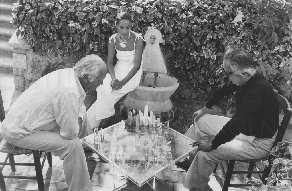 PR-Foto, Curd und Margie, Schachspiel, St. Paul de Vence, 1978