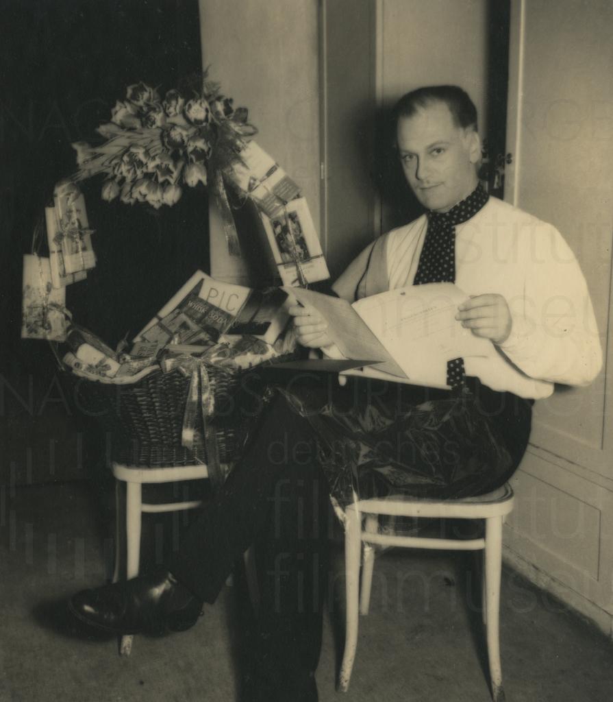Curd Jürgens' 34. Geburtstag, Wien, 13.12.1949