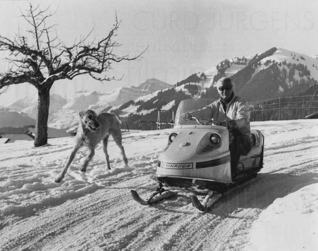 PR-Foto, Curd Jürgens und Elga Andersen, Gstaad, 1971