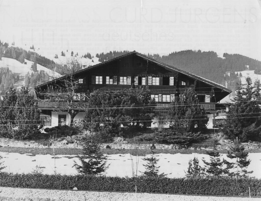 """Curd Jürgens´ Chalet """"Gruebehus"""" in Gstaad"""