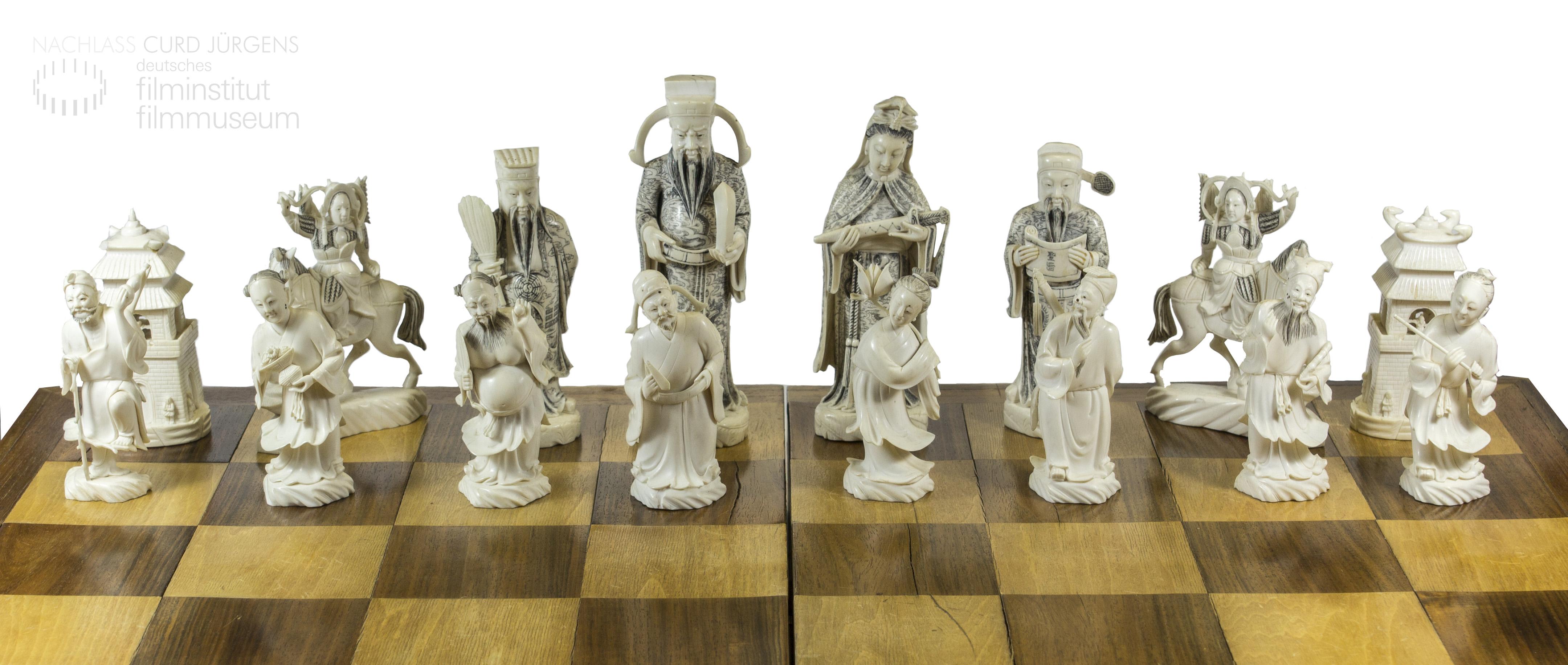Curd Jürgens' Schachspiel, weiße Figuren
