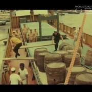 """KÄPT´N RAUHBEIN AUS ST. PAULI (1971) Screenshot """"Spritt vernichten"""""""