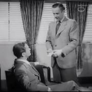 """FRAUEN SIND KEINE ENGEL (1943) Screenshot """"Verdachtsmomente"""""""