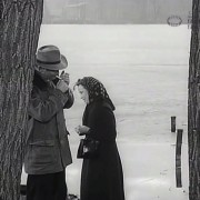 "DIE RATTEN (1955) Screenshot ""Am Ufer"""