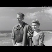 """DER TEUFEL IN SEIDE (1956) Screenshot """"Abgrund"""""""